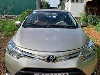 Cần bán xe Toyota Vios năm sản xuất 2015 còn mới, giá tốt