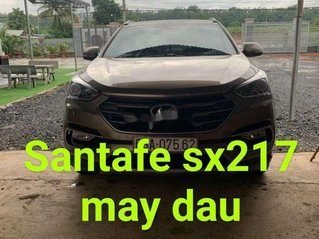 Bán Hyundai Santa Fe năm 2017, màu vàng cát