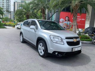 Cần bán xe Chevrolet Orlando đời 2012, màu bạc, số tự động