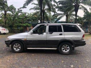 Cần bán xe Ssangyong Musso năm sản xuất 1997, màu bạc, xe nhập
