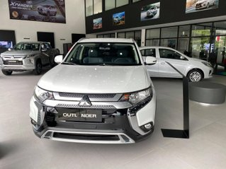 Bán ô tô Mitsubishi Outlander 2020, giá tốt nhất miền Bắc, hỗ trợ trả góp 85% xe, hỗ trợ 50% thuế trước bạ