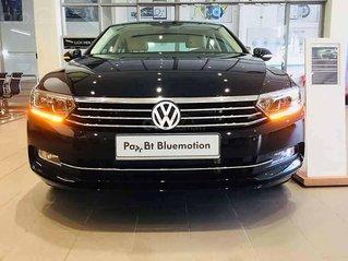 Bán Volkswagen Passat 1.8 Bluemotion 2018, màu đen, nhập khẩu