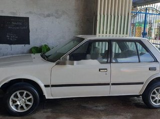 Bán Nissan Bluebird sản xuất 1984, màu trắng, nhập khẩu nguyên chiếc
