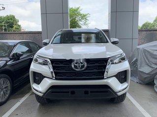 Cần bán xe Toyota Fortuner sản xuất 2020, màu trắng, giá tốt