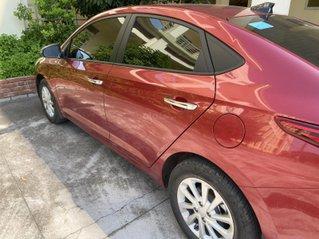 Xe Hyundai Accent năm 2019, màu đỏ chính chủ xe gia đình