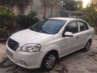 Cần bán xe Daewoo Gentra sản xuất 2009, màu trắng còn mới
