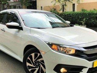 Bán Honda Civic 1.5 L năm sản xuất 2019, màu trắng còn mới