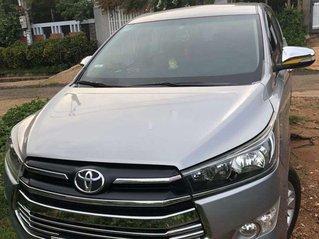 Cần bán xe Toyota Innova đời 2016, màu bạc, nhập khẩu, giá chỉ 560 triệu