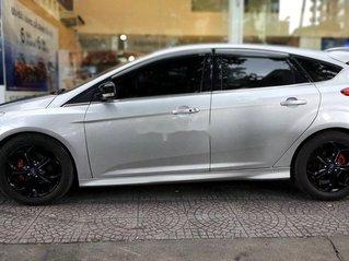 Cần bán xe Ford Focus sản xuất năm 2013 còn mới