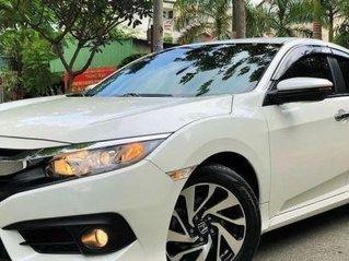 Bán Honda Civic 1.8 E sản xuất 2019, màu trắng còn mới, giá tốt