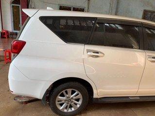 Bán Toyota Innova đời 2018, màu trắng, nhập khẩu nguyên chiếc xe gia đình