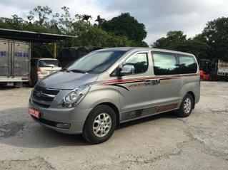 Cần bán lại xe Hyundai Starex 2015, màu xám, nhập khẩu số sàn