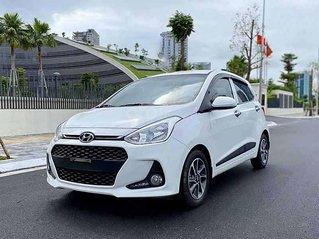 Xe Kia Cerato sản xuất năm 2019, màu trắng còn mới