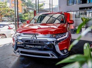 Mitsubishi Cần Thơ cần bán Mitsubishi Outlander năm sản xuất 2020, màu đỏ, giá 825tr