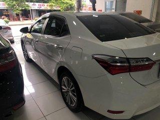 Cần bán lại xe Toyota Corolla Altis sản xuất 2019 còn mới, 660 triệu