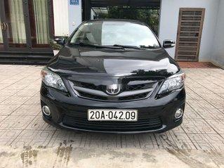 Cần bán xe Toyota Corolla Altis 2013, màu đen chính chủ