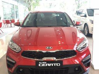 Bán xe Cerato 2.0AT màu đỏ 2020 655 triệu, xe giao ngay