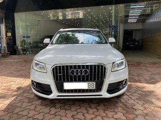 Xe Audi Q5 2.0 AT cần bán gấp, xe đẹp bao test, giao xe tại nhà