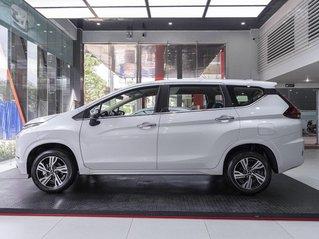 Giá xe Mitsubishi Xpander 2020 hỗ trợ phí trước bạ, hỗ trợ trả góp, ưu đãi sốc, giao xe ngay liên hệ để nhận tư vấn