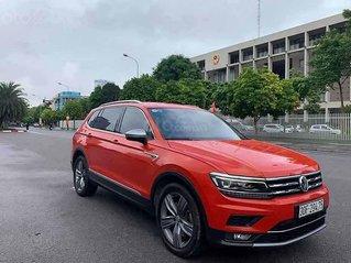 Cần bán xe Volkswagen Tiguan sản xuất năm 2017, màu cam, nhập khẩu nguyên chiếc