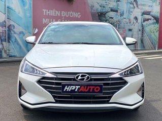 Bán ô tô Hyundai Elantra 2019, màu trắng, giá 629tr