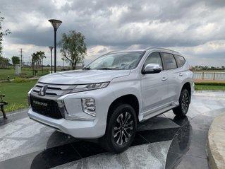New Mitsubishi Pajero Sport, mẫu SUV đáng mua nhất năm 2021, ưu đãi cực lớn đầu năm, nhanh tay liên hệ