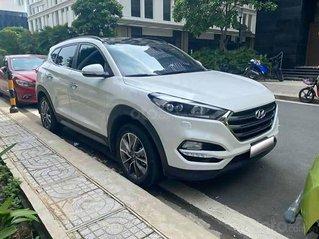 Bán Hyundai Tucson 2.0 ATH sản xuất năm 2019, màu trắng còn mới