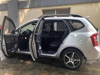 Cần bán Kia Carens đời 2010, màu bạc còn mới, giá chỉ 299 triệu