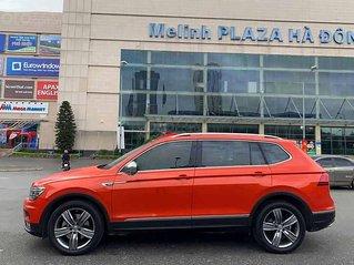 Bán ô tô Volkswagen Tiguan đời 2017, màu đỏ, nhập khẩu nguyên chiếc