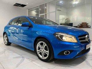 Cần bán xe Mercedes A200 sản xuất năm 2013, màu xanh lam, nhập khẩu