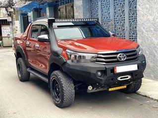 Bán ô tô Toyota Hilux năm sản xuất 2018, nhập khẩu, màu cam