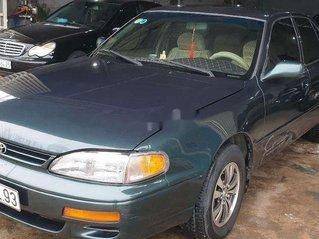 Cần bán xe Toyota Camry năm sản xuất 1996, màu xanh