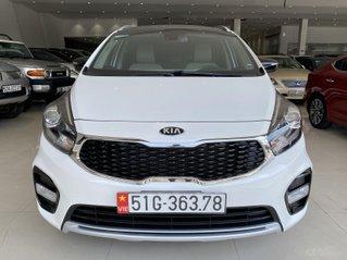 Kia Rondo GAT sản xuất 2017, biển TP, mẫu mới mâm xoáy, có trả góp