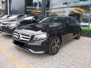 Bán nhanh chiếc Mercedes Benz E180 đời 2020, xe chính chủ giá mềm