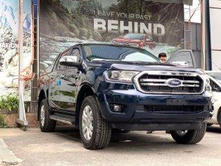 Ford Ranger Limited màu xanh dương mới - liên hệ Cát