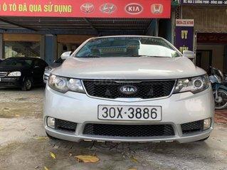 Bán gấp với giá ưu đãi nhất chiếc Kia Cerato đời 2009, màu bạc, giao nhanh