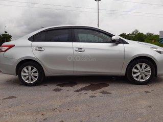 Gia đình cần bán xe Toyta Vios 2017 số sàn, màu bạc, đi 40000 km, tìm khách thiện chí