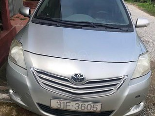 Bán Toyota Vios sản xuất 2010, màu bạc, nhập khẩu