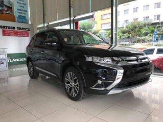 Cần bán Mitsubishi Outlander đời 2020, màu đen