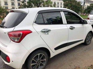 Cần bán lại xe Kia Morning đời 2017, màu trắng số tự động, giá tốt