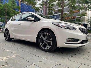 Cần bán gấp Kia Cerato 1.6 AT sản xuất năm 2014, màu trắng