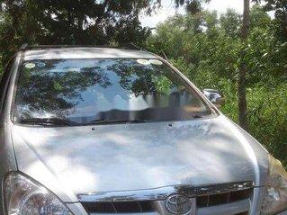 Cần bán Toyota Innova sản xuất năm 2008, màu bạc, giá tốt