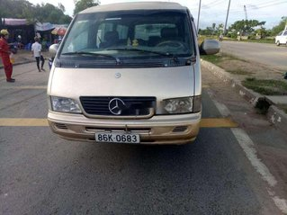 Cần bán Mercedes MB năm sản xuất 2003, màu vàng cát