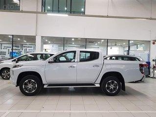Mitsubishi Triton 2.4 MT 2020 máy dầu + giá tốt + hỗ trợ vay 85%