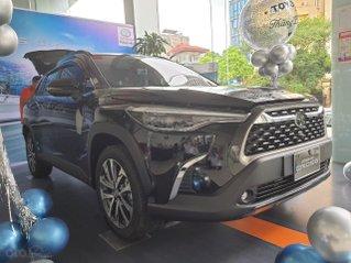 Giá xe Toyota Cross 1.8V 2020 Cực Hot Hà Nội, nhiều màu giao ngay, hỗ trợ trả góp lãi suất ưu đãi