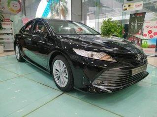 Giá xe Toyota Camry 2.5Q 2020 giảm sâu, khuyến mại nhiều