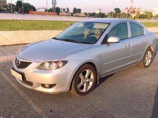 Cần bán gấp Mazda 3 1.6 AT model 2004, màu bạc, chủ đi cực giữ gìn nên còn rất mới, giá cực tốt