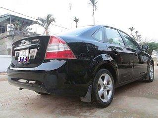 Bán Ford Focus sản xuất năm 2011, màu đen, giá 295tr