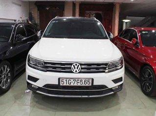 Bán Volkswagen Tiguan 2.0 TSI bản Highline năm 2018, màu trắng, nhập khẩu