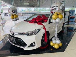 Bán Toyota Corolla Altis đời 2020, màu trắng